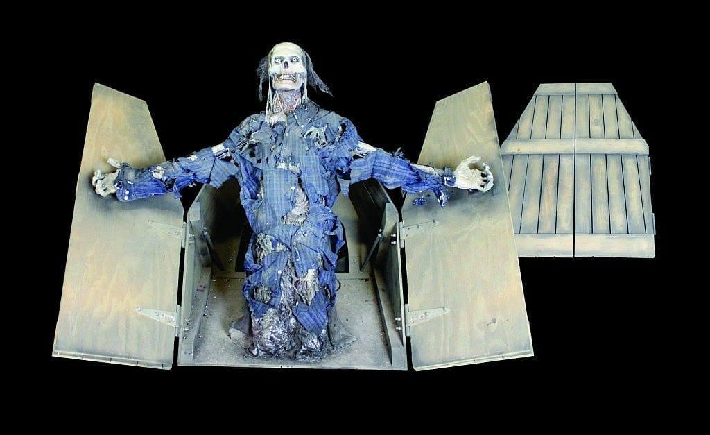 COF927-Half-Coffin-Lunger-1024x627